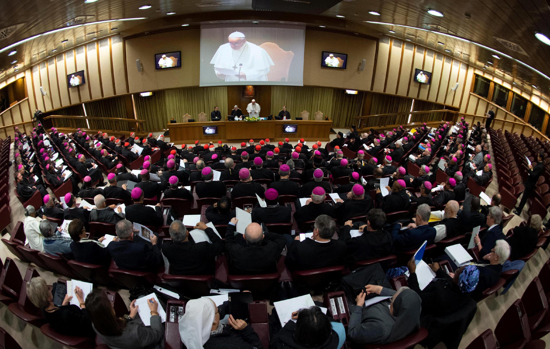 نشست چهار روزه واتیکان درباره مقابله با سوءاستفاده جنسی از کودکان در کلیسا. پنجشنبه ٢ اسفند/ ٢١ فوریه ٢٠۱٩
