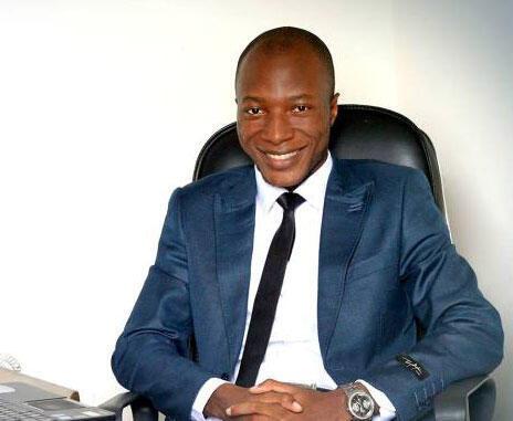 Israël Yoroba, journaliste et blogueur ivoirien.