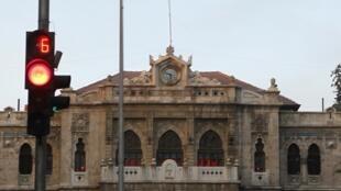Une gare de Damas quelques minutes avant l'entrée en vigueur du cessez-le-feu, le 12 avril 2012.