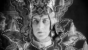 "Иван Мозжухин в фильме ""Лев Моголов"", реж. Ж.Эпштейн, 1924"