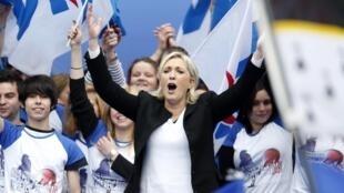 La líder del Frente Nacional, Marine Le Pen, este primero de mayo de 2013 en París.