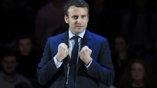Emmanuel Macron a chiffré dans le journal Les Echos son programme présidentiel.