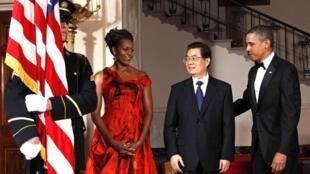 中国国家主席胡锦涛不久前访问美国。
