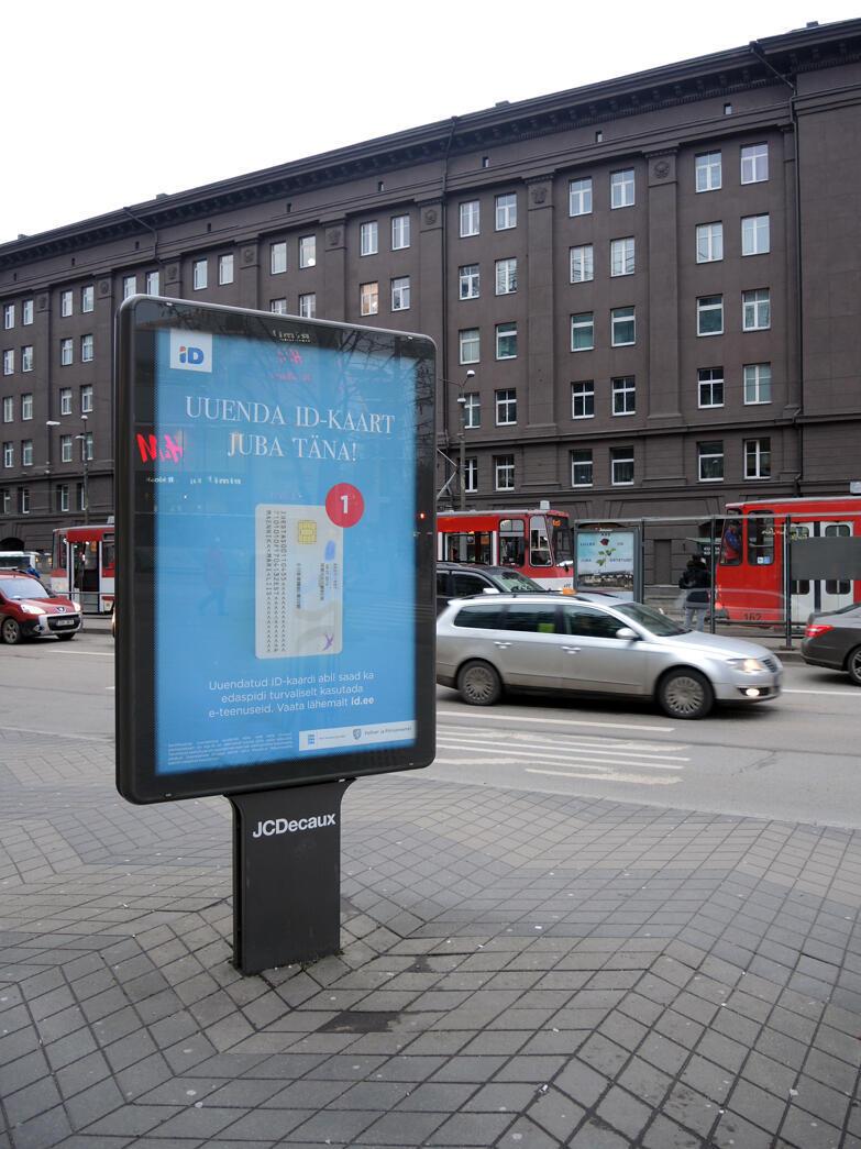 Campagne d'affichage appelant les Estoniens à renouveller leur carte d'identité