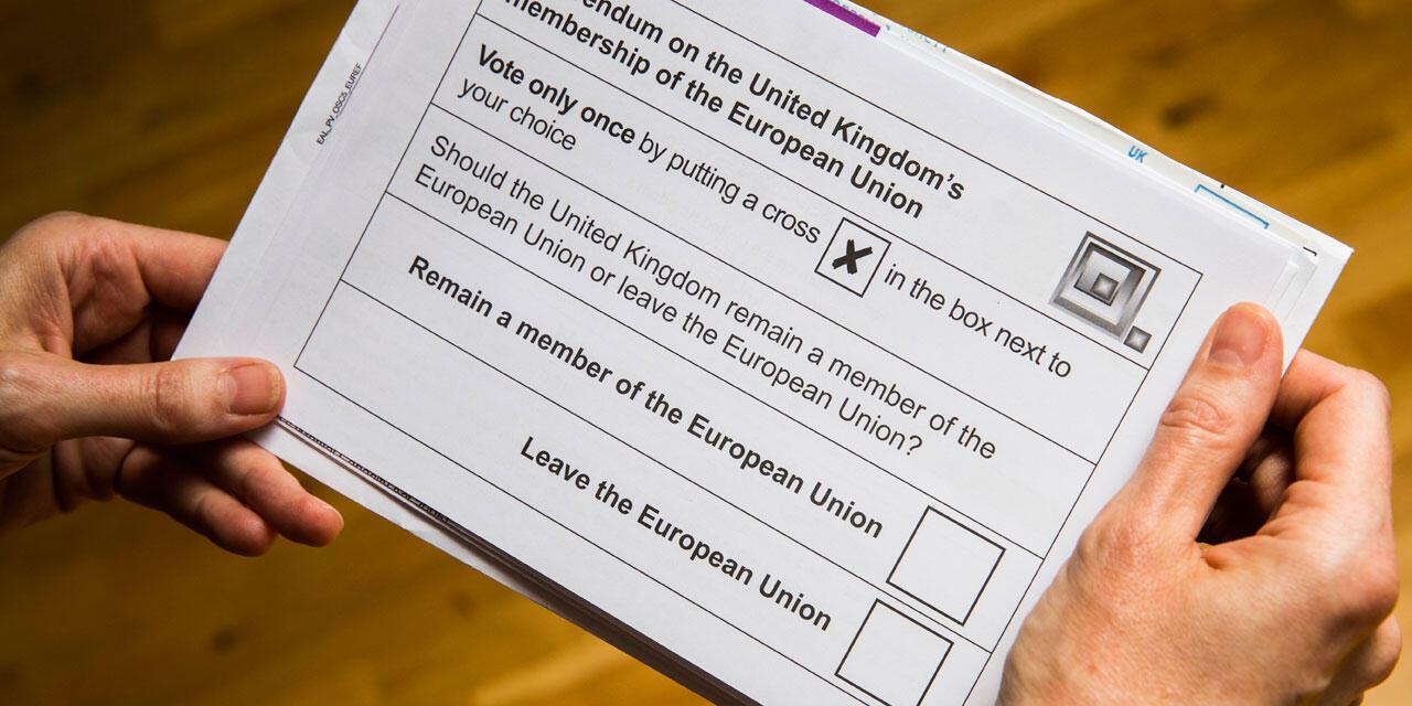 "Cédula para votar no referendo sobre o ""Brexit"""