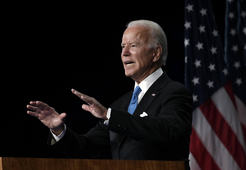 """""""Viajaré por el país. Iré donde sea posible respetando las reglas de los estados"""" sobre reuniones para limitar la propagación del coronavirus, dijo Biden en una sesión de recolección de fondos vía web."""