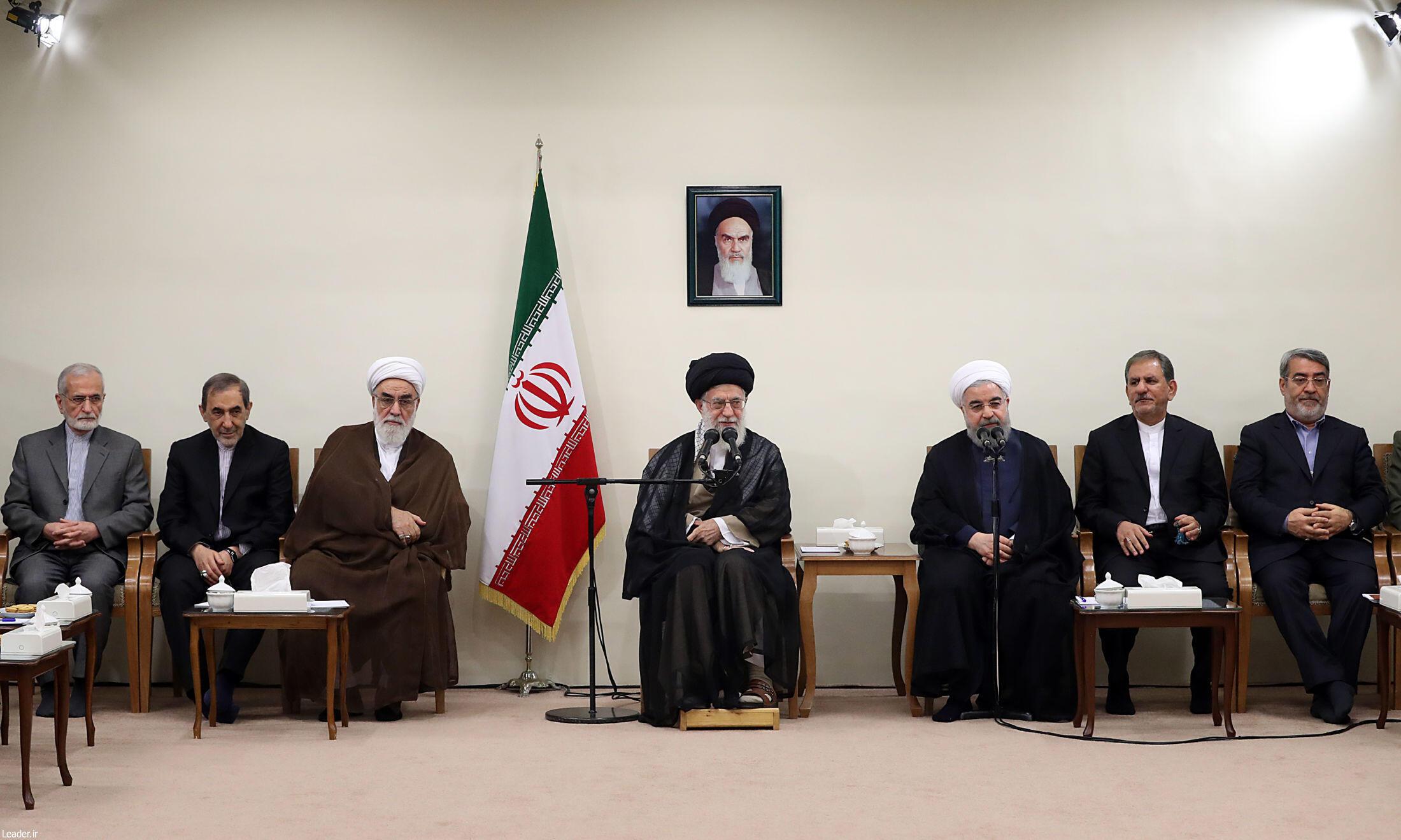 آیتالله علی خامنهای در دیدار با اعضای هیئت دولت ایران