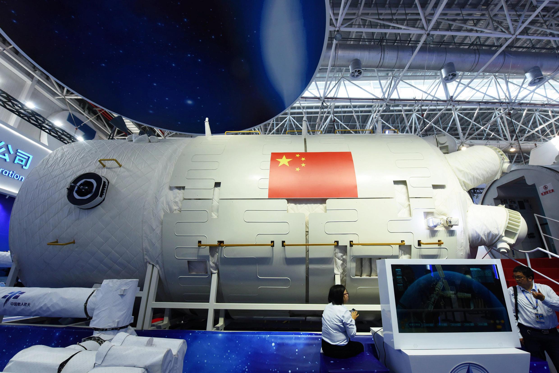 Một mô hình lõi trạm không gian Thiên Cung của Trung Quốc theo kích thước thật tại triển lãm Hàng không Châu Hải. Ảnh chụp ngày 07/11/2018.