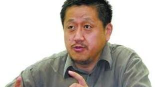 Giáo sư Khổng Khánh Đông