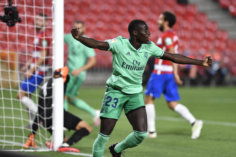Ferland Mendy, defesa franco-guineense do Real Madrid, apontou o primeiro tento frente ao Granada.