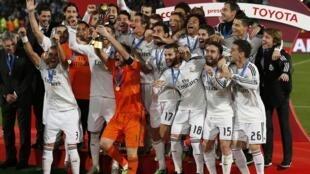 Jugadores del Real Madrid festejan el título de mundial de clubes FIFA en Marruecos