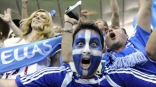 Pour les supporters grecs, le match contre l'Allemagne dépasse le simple cadre footballistique.