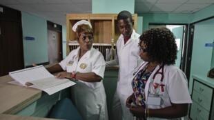 В кардиологическом отделении, Гавана, 19 октября 2012 года
