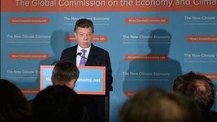El presidente colombiano Juan Manuel Santos asistió a la presentación del informe de la Comisión. Colombia forma parte de ella.