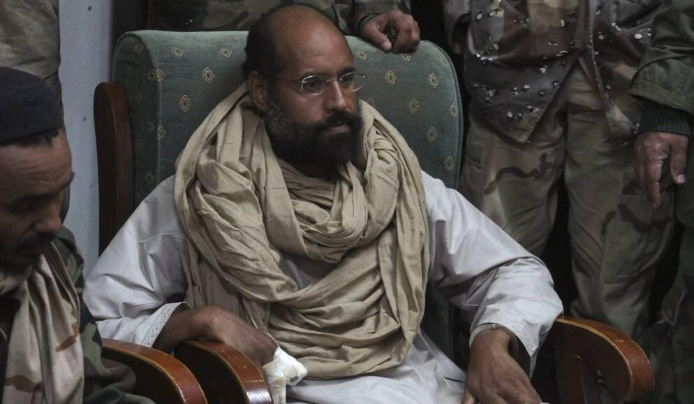 Саиф аль Ислам, сын Муаммара Каддафи, после его поимки в ноябре 2011 (архив)