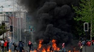 A pior explosão social em mais de três décadas no Chile