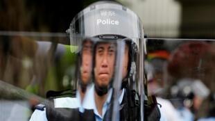 香港警察 2019年6月12日