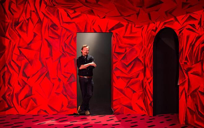 Guillermo Kuitca en su exposición 'Los Habitantes'.