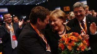 La chancelière allemande à l'annonce de sa réélection à la tête de la CDU, le 4 décembre 2012.