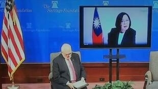 2019年3月27日,蔡英文透过视讯与美国谈一国两制