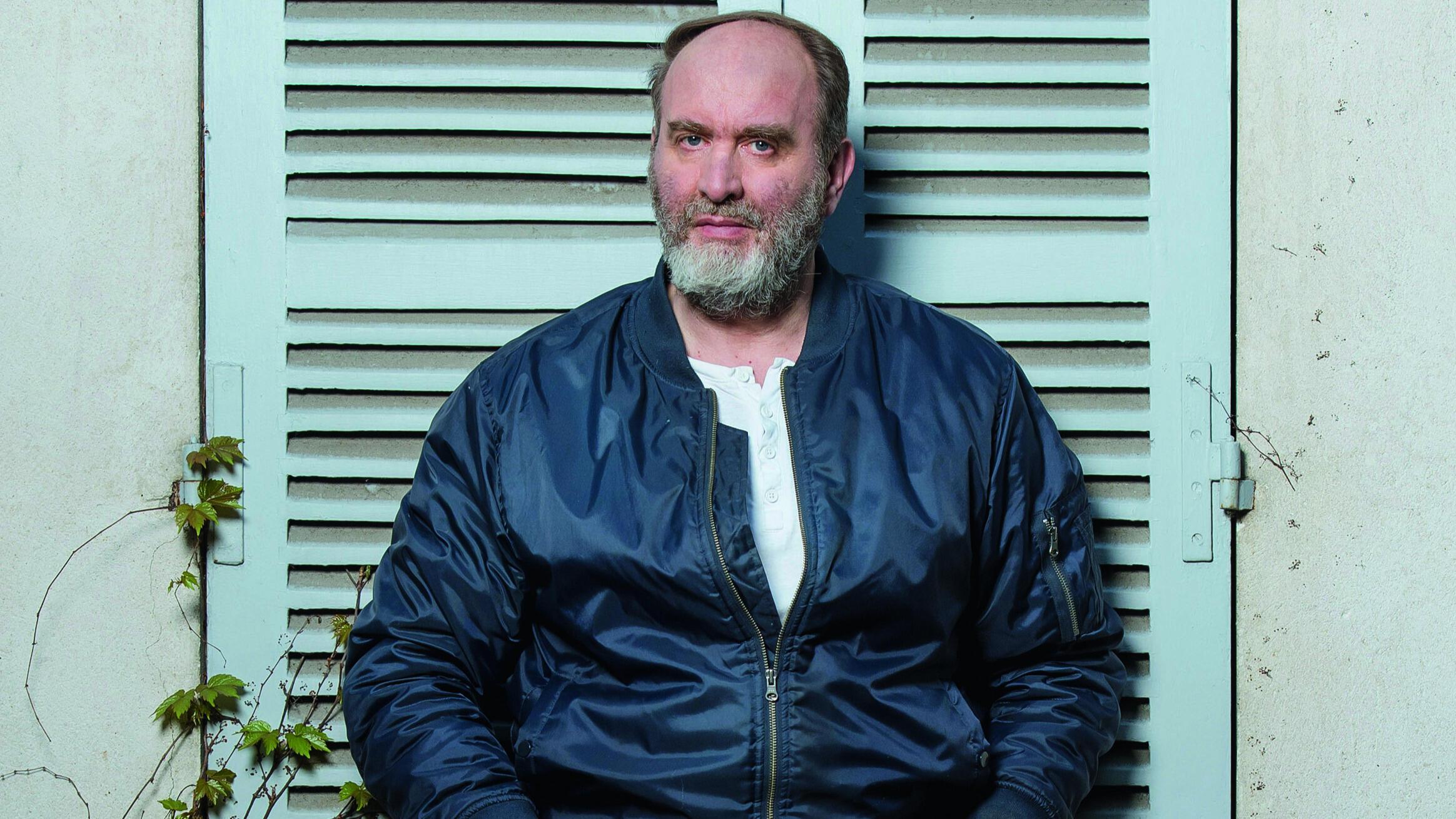 Portrait de l'écrivain Serge Joncour, prix Femina 2020 pour «Nature humaine».