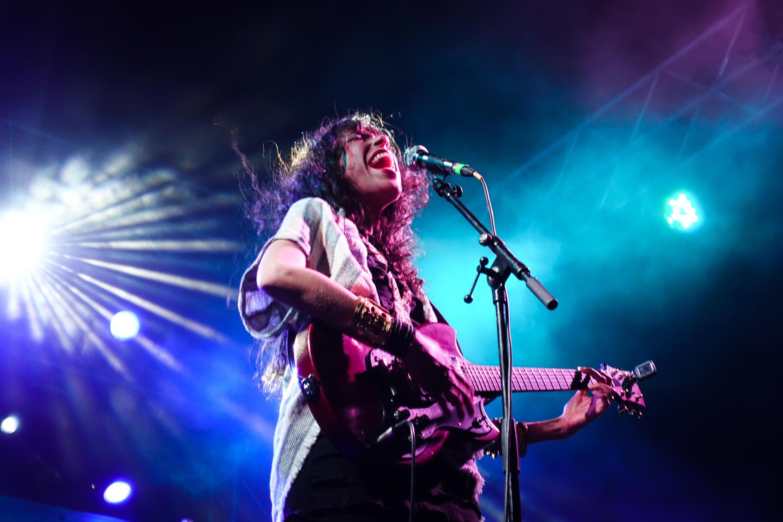 La cantante argelina  Djazia Satour, que vive en Francia.