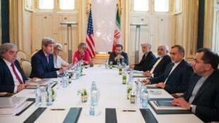 روز شنبه، مذاکرات اتمی بطور فشرده در وین ادامه یافت