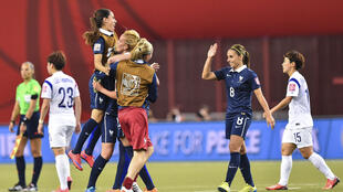 L'équipe de France féminine de football au Stade olympique de Montréal (Canada), le 21 juin 2015.