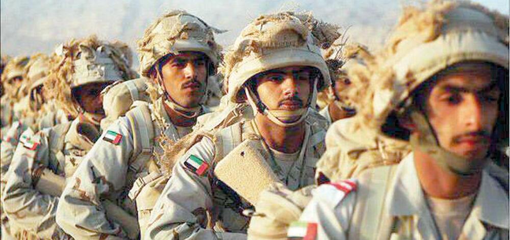 انور قرقاش، وزیر امور خارجه امارات متحده عربی، تصریح کرد که حضور نظامی ائتلاف عربی در یمن پابرجاست و امارات این کشور را ترک نمیکند.