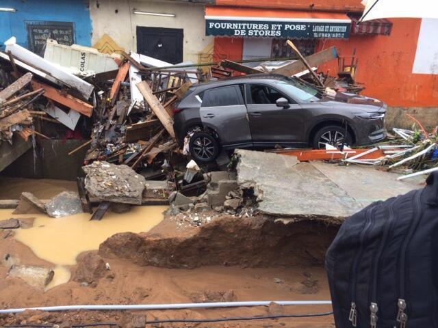Mji wa Abidjan unakabiliwa na mafuriko kutokana na mvua zinazoendelea kunyesha.