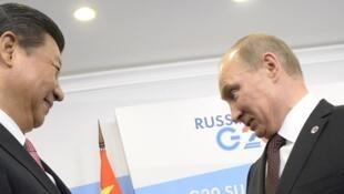 习近平和普京在20国集团圣彼得堡峰会上。