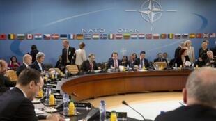 Les ministres des Affaires étrangères des 28 pays membres de l'Otan ont décidé de «suspendre la coopération civile et militaire avec la Russie». Bruxelles, le 1er avril 2014.