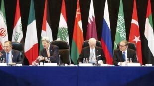 Les grandes puissances se sont mises d'accord dans la nuit de mercredi à jeudi sur une cessation des hostilités en Syrie et pour intensifier l'aide humanitaire.