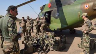 Wasu dakarun Faransa a lokacin da aka tura kasar Mali