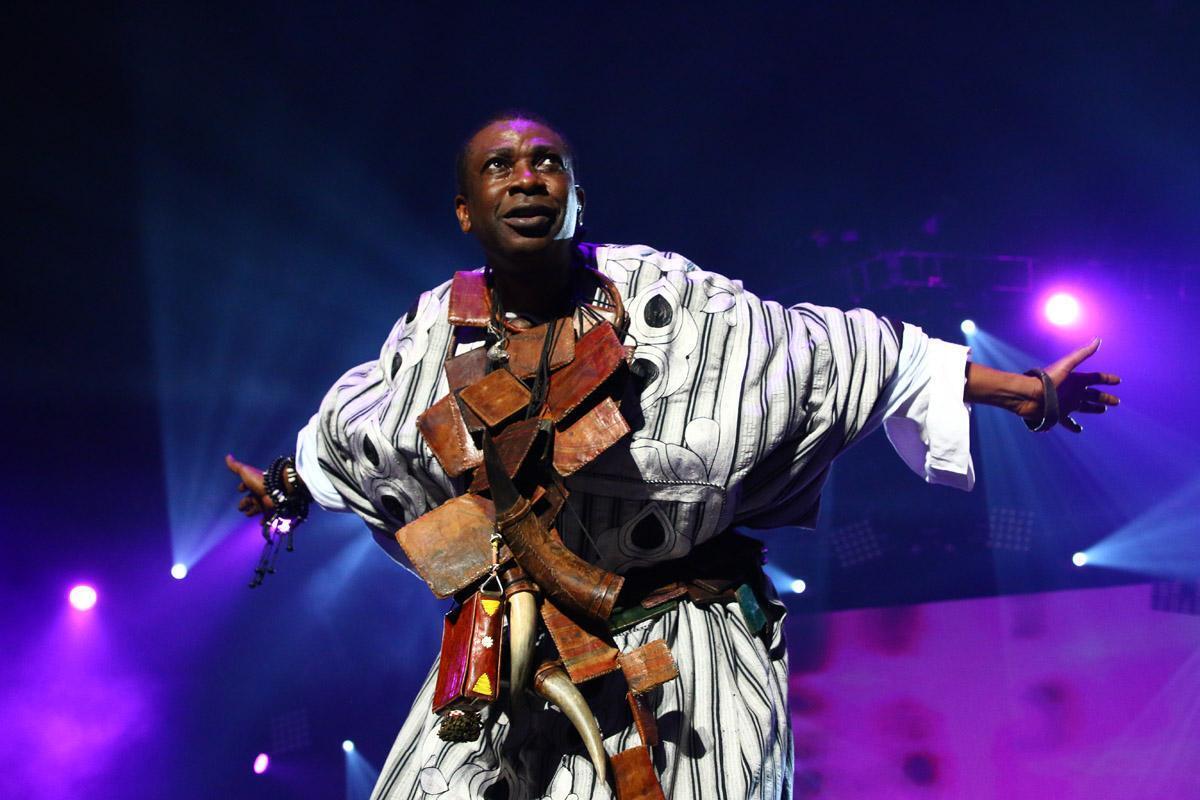 Youssou N'Dour, le 12 Octobre 2013 au Grand Bal à Bercy.