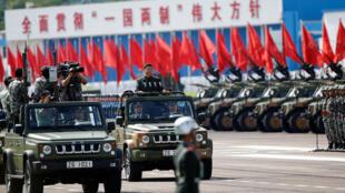 中國國家主席習近平香港回歸20周年閱兵  2017年6月30日