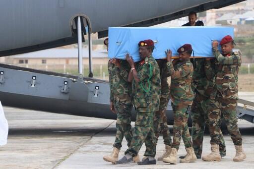 Cérémonie d'inhumation et d'hommage le 3 août 2019 pour le maire de Mogadiscio, victime d'un attentat à la bombe.