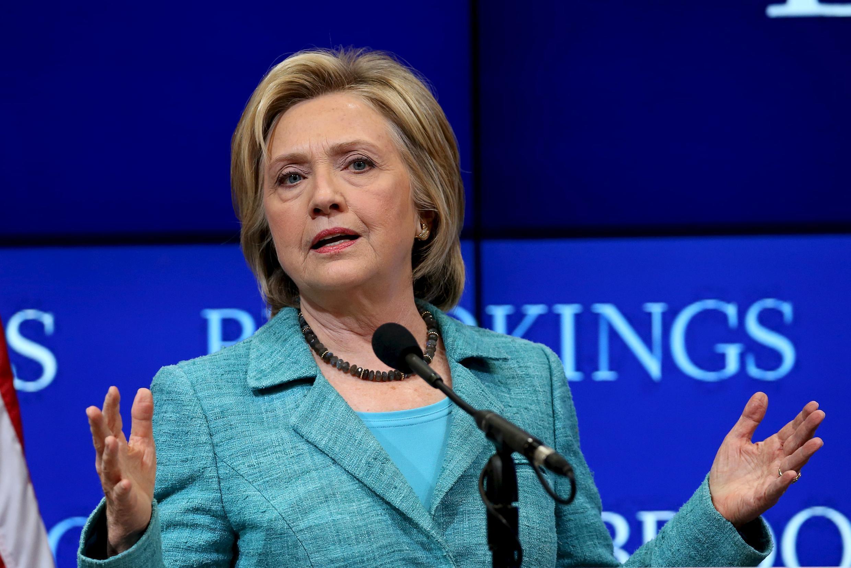 Ứng cử viên tranh cử Tổng thống Mỹ của đảng Dân chủ  Hillary Clinton tranh luân tại viện Brookings, Washington ngày 09/09/2015