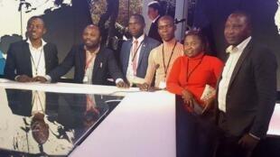 De gauche à droite: Alain Bashizi, Thomas Mbussa, Gilbert Niongabiré, Stanislas Woanga Kamengele, Nicole Bahati et Zacharie Bashwira.