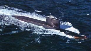 Tầu ngầm USS George Washington (SSBN-598) của Hoa Kỳ.
