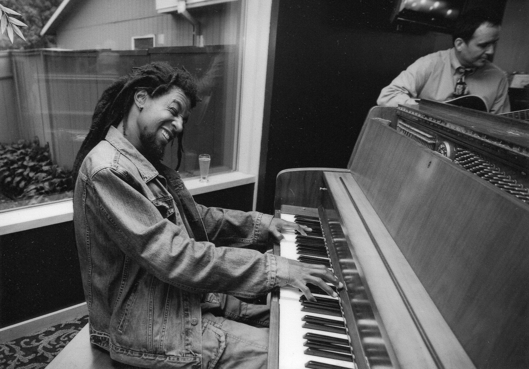 Douglas-Felipe-Diante-da-Seca-compositor (1)