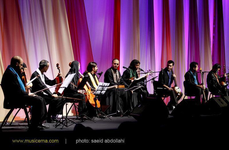 کنسرت گروه اشتیاق . تهران ١٩ و ٢٠ آبان ١٣٩١ در سالن میلاد نمایشگاه بین المللی تهران