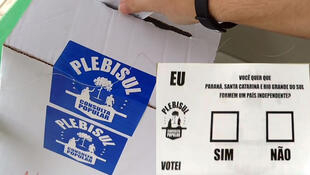 Até no Brasil, uma minoria organizou um mini-plebiscito reivindicando a independência para um Estado composto pelo Rio Grande do Sul, Santa Catarina e Paraná.