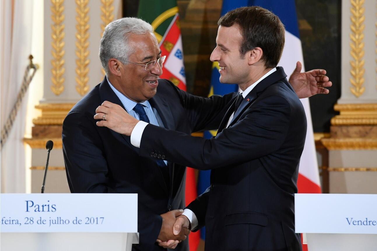 António Costa, Primeiro-Ministro de Portugal, e Emmanuel Macron, Presidente de França, no Palácio do Eliseu, em Paris. 28 de Julho de 2017.
