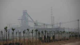 資料圖片:河北曹妃甸首鋼工廠。圖片攝於2008年7月17日