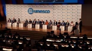 Pendant la 40e conférence générale de l'Unesco qui commençait le mardi 12 novembre, des jeunes dont Victoria Ibiwoye était présent pour un débat entre jeunes militants et chefs d'État.