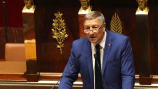 Le secrétaire général du Parlement francophone Jacques Krabal s'est rendu à Cotonou avec 12 autres parlementaires de la francophonie.