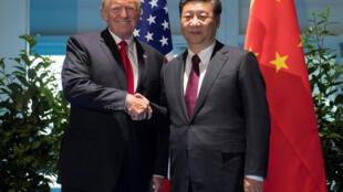 Tổng thống Mỹ Donald Trump và chủ tịch Trung Quốc Tập Cận Bình tại thượng đỉnh G20, Hambourg, Đức. Ảnh ngày 08/07/2017.