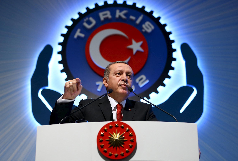 Iran và Nga cáo buộc Tổng thống Thổ Nhĩ Kỳ có liên can đến buôn lậu dầu hỏa do Daech khai thác.