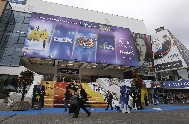 Khu Chợ Chương Trình và Phim Truyền hình, tại Liên Hoan Điện Ảnh Cannes, Pháp. Ảnh chụp ngày 06/10/2015